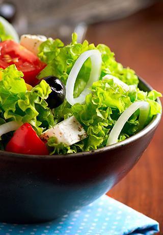 Les salades de notre pizzeria à Compiègne